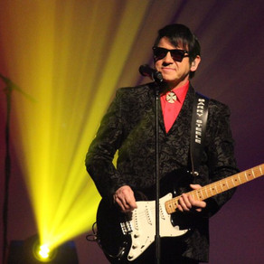 An upbeat night of Roy Orbison hits