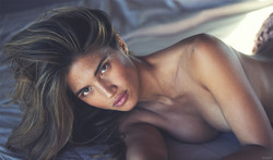 treats mag /Rocky by David Bellemere