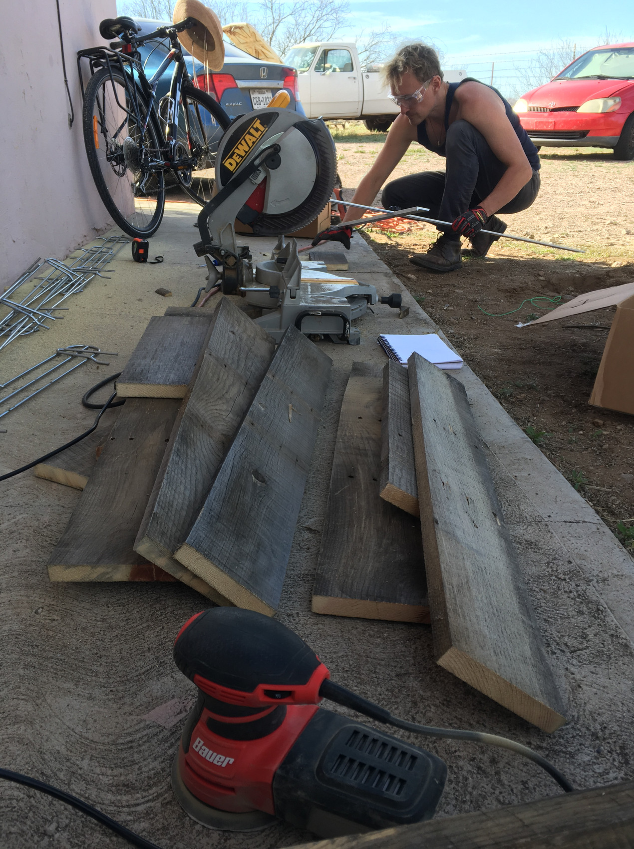 Building table of pallet wood