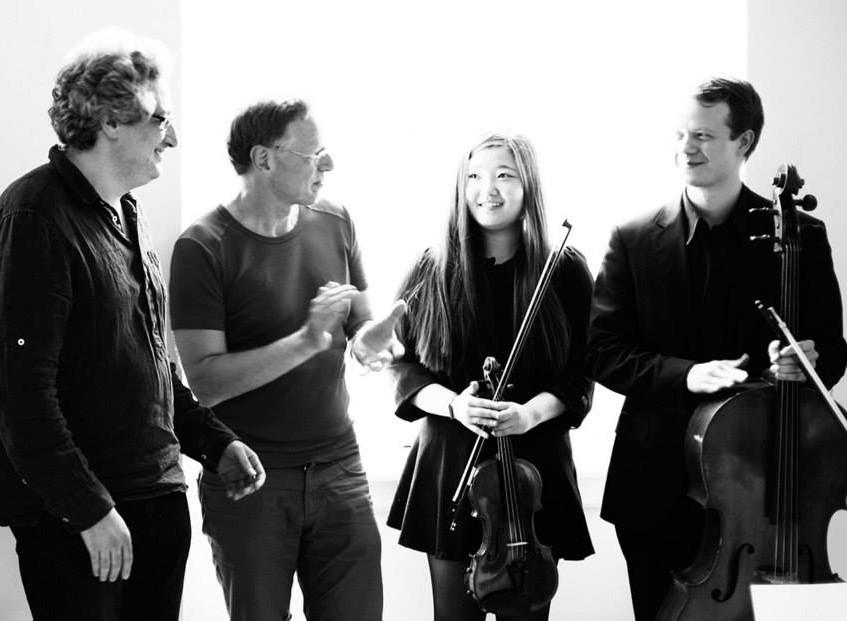 Yoffe, Fröhlich und Musiker