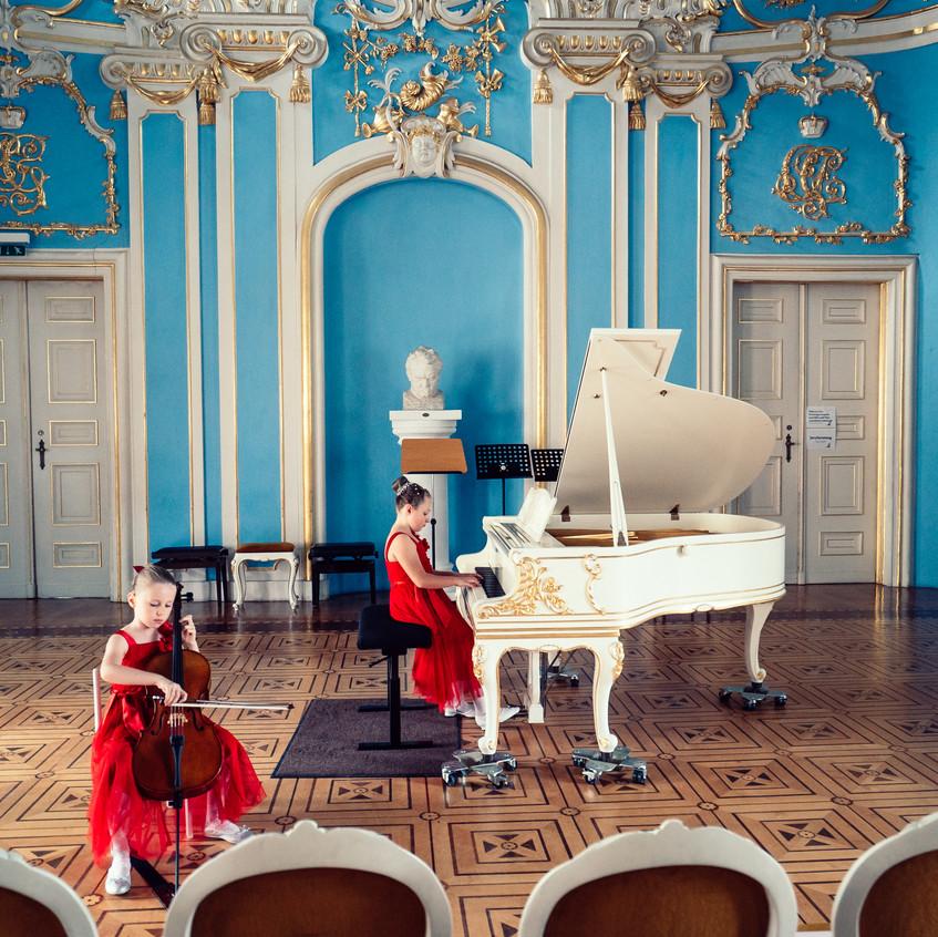 Schroeder -  Saal Michelle & Jana