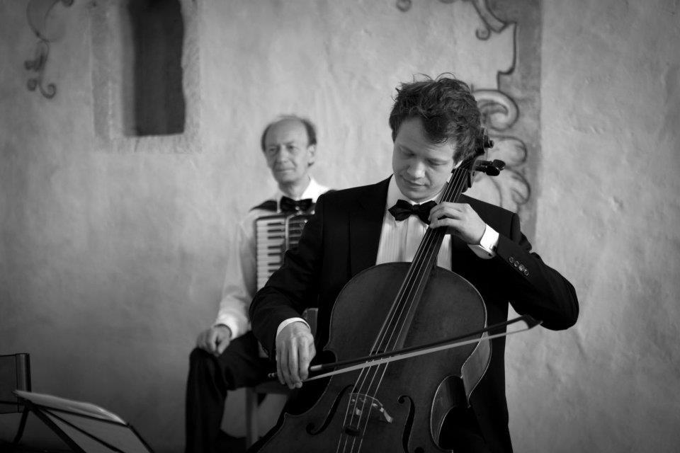 Rainer Gleim, Violoncello bei einer Hochzeit.