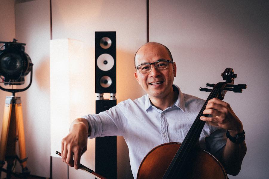 Thai Dung Nguyen im Tonstudio Metzingen