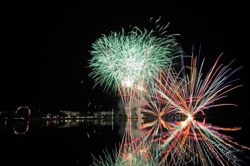 Festfyrværkeri skudt af DPA Fireworks