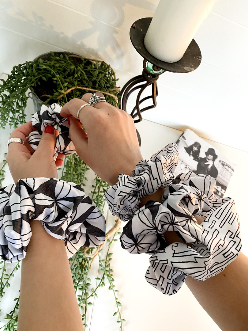 Dandan Design Satin Scrunchie