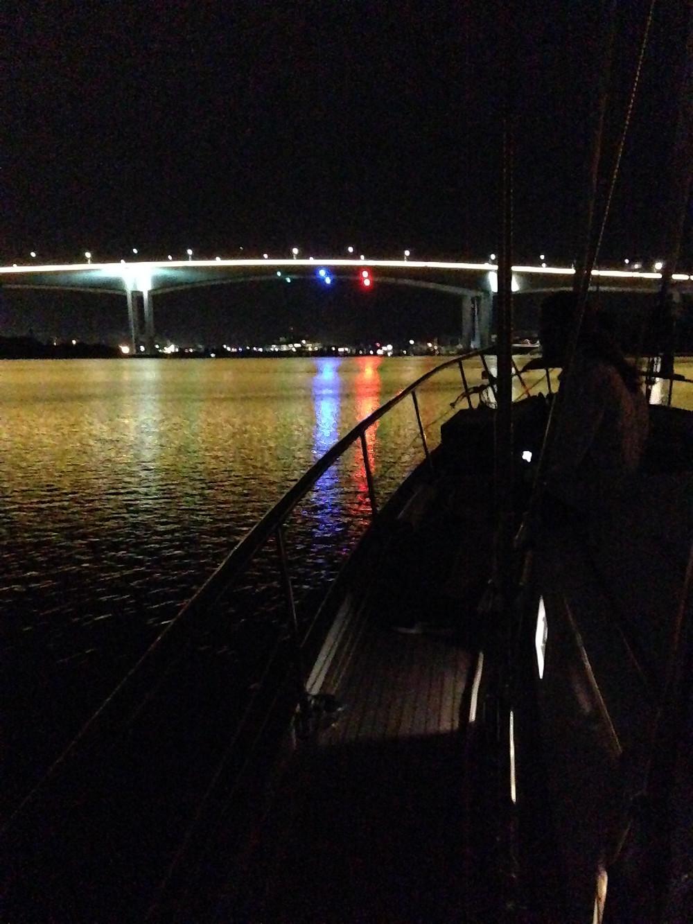 Heading out under the Gateway Bridge
