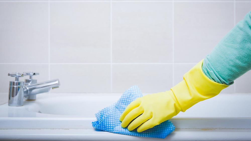 Limpeza é essencial para o banheiro feng shui.