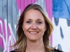 Anke vd Sluis. Communictie & Community Specialist