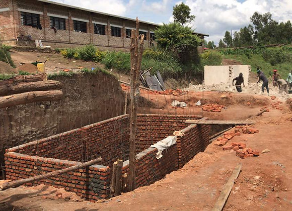 Emergency: extraordinary aid! Collapsed latrines in secondary school