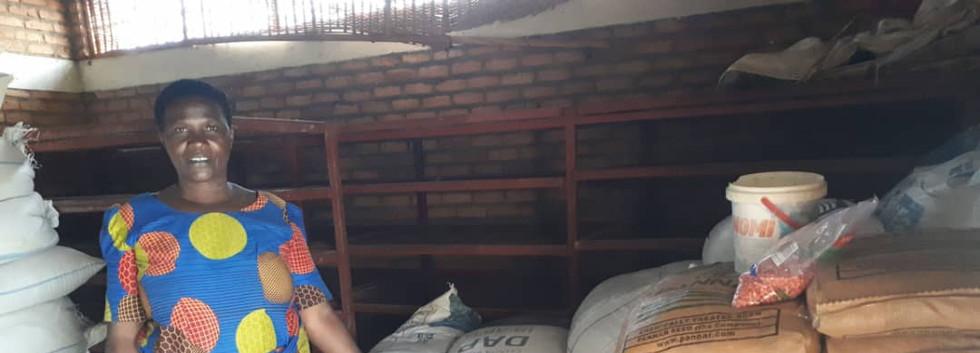Komezumurimo s'è preso la responsabilità di distribuire le semenze... era il loro progetto e hanno bruciato le tappe!