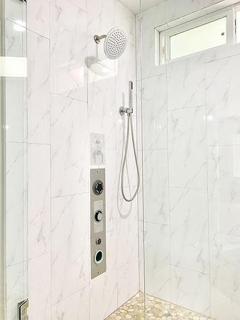 main_image_Bathroom.jpg