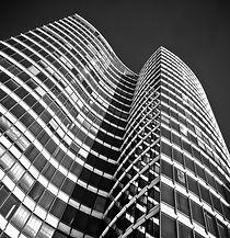 architecture-2083687_1920.jpg