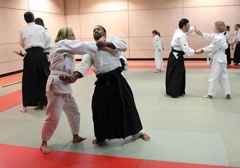 Dojo Traditionnel Club Association Aïkido Paris Vincennes Fort Neuf Aïkishugiosha à l'entrainement