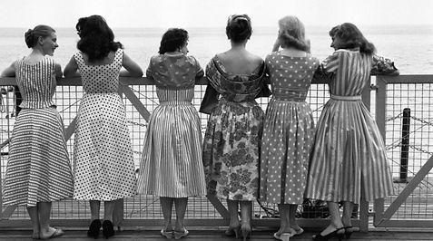 average-women-in-1950s.jpg