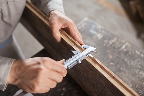 Carpenter au travail