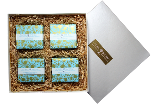 NATURE BATHING GIFT BOX OF 4 HERBAL SOAPS
