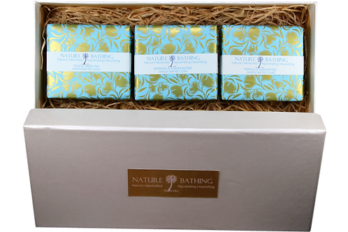 NATURE BATHING GIFT BOX OF HERBAL SOAPS
