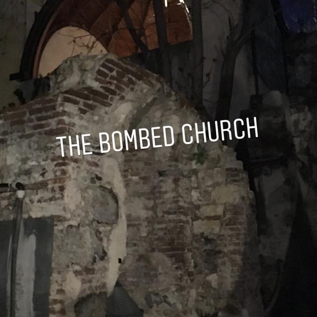 soirée alternative, Eglise bombardée