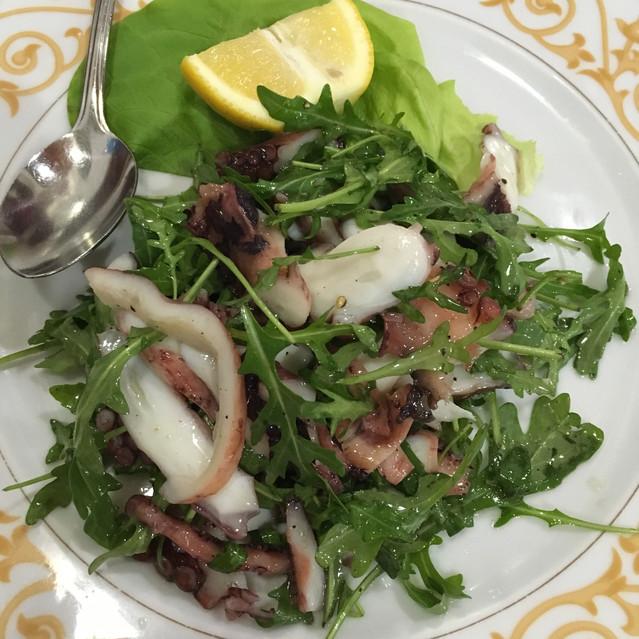 salade de poulpe et rucola