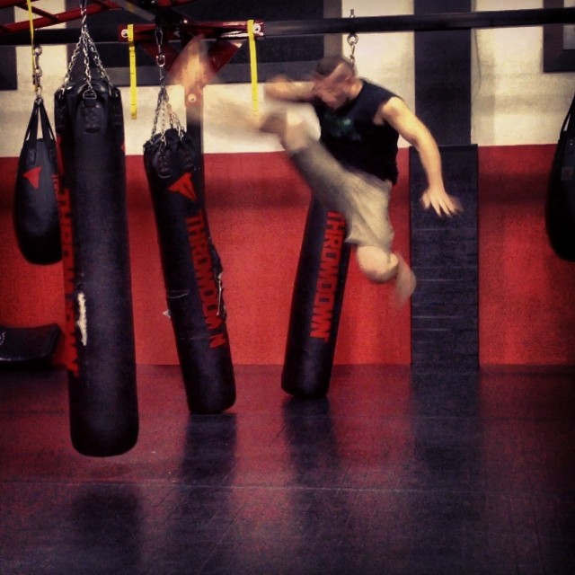 'Throwback Thursday' - After teaching a seminar at the #UFCgym in #LA I decided to 'hit the bag'.. #
