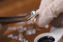bigstock-Close-up-Of-Goldsmith-Hand-Dec-