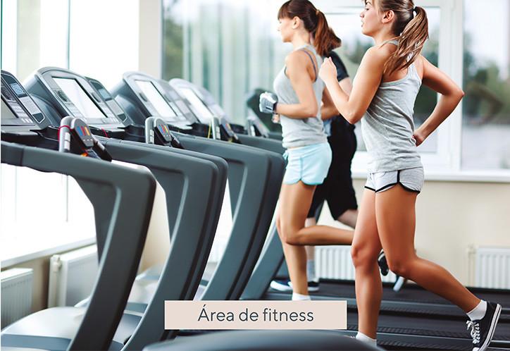amenities_0007_IMAGENES IGLUB_Mesa de tr