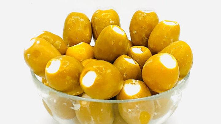 Оливки фаршированные сыром
