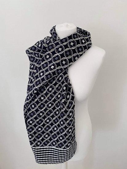 Silk Circle Pattern Scarf BLACK