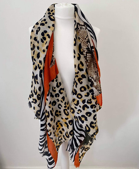 Women's Oversized Scarf With Serpentine GRN