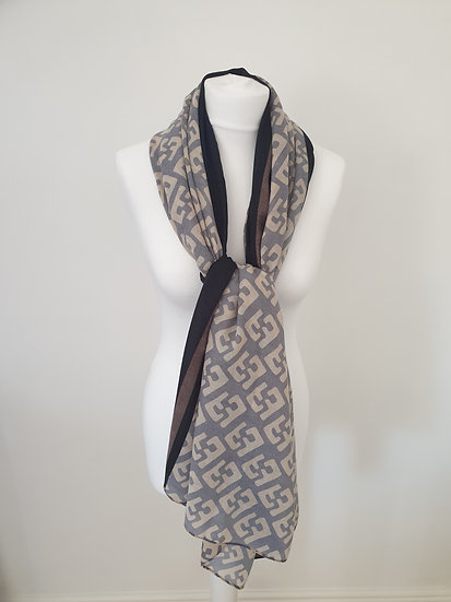 Latest Design Scarf With The Combination of Double F pattern
