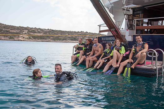Athens extreme sports - Private cruises, scuba dive trips