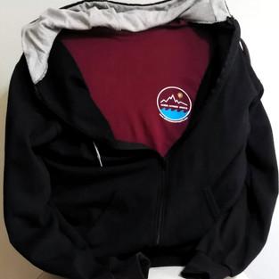 Black hooded jacket and bordo tshirt front