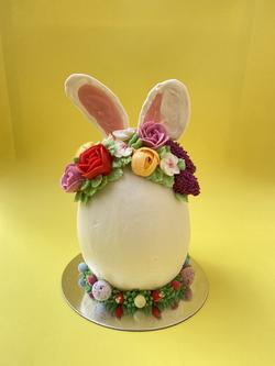 Bunny cake Easter egg
