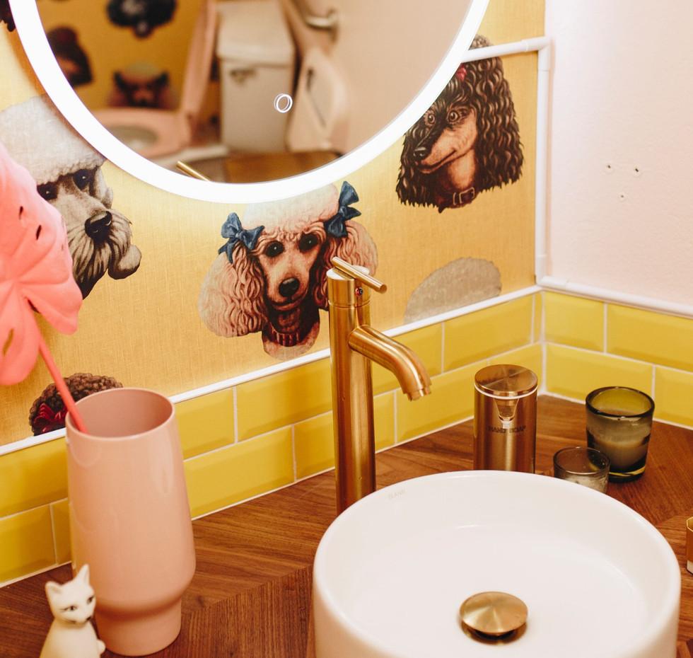 BLEACH hair salon