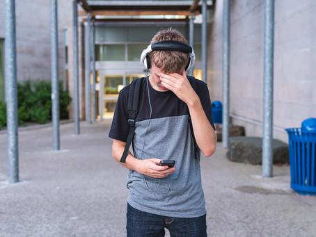 ¿Es bueno contar problemas mentales en las redes sociales?