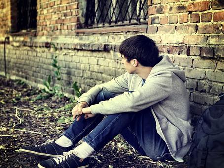 Cada año, casi tres millones de adolescentes de EE.UU. sufren de depresión.
