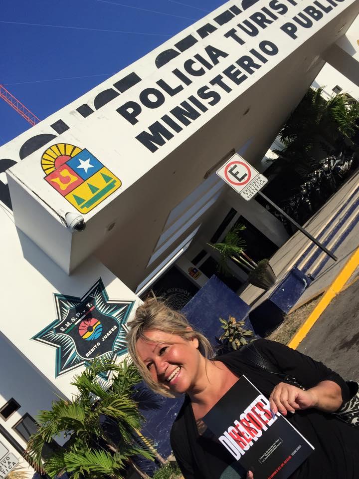 Cancun Policia 2015