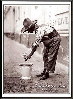 poster vendedor de aguas frescas.jpg