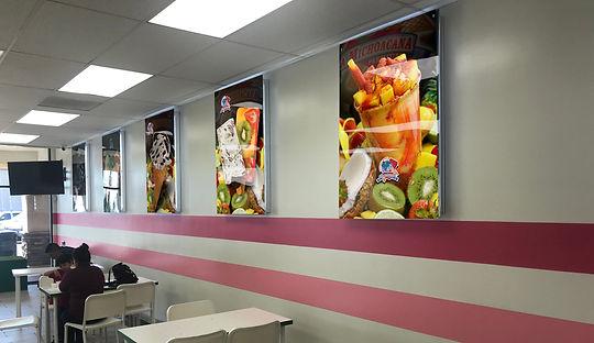 anuncios de pared verticales.jpg