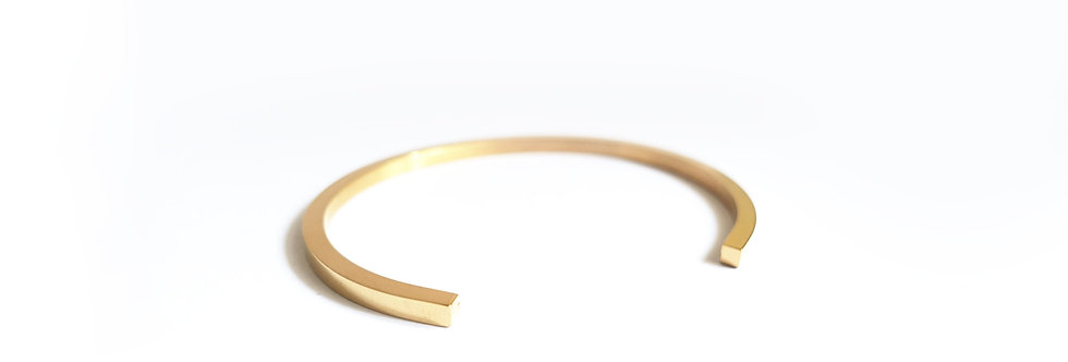 Gold Tone Minimalist Sleek Cuff