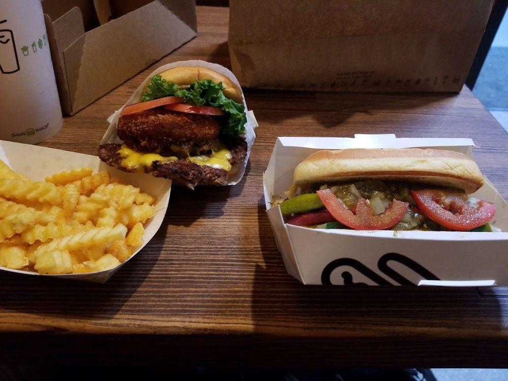 Shake Shake Burger, Hotdog & Fries