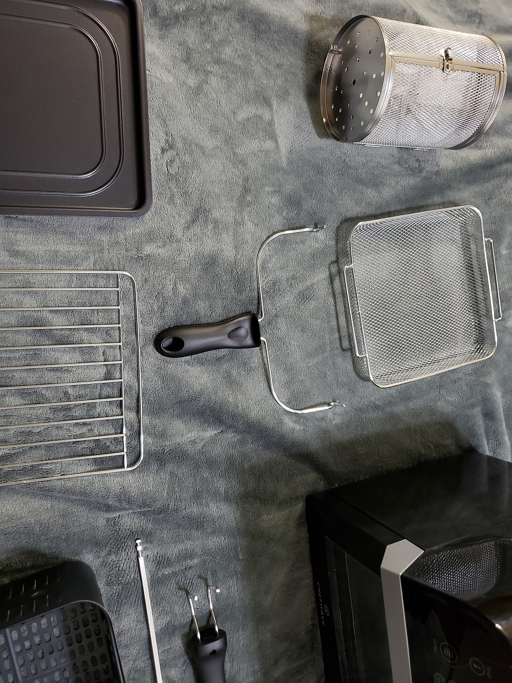ChefWave 12.6 Quart AirFryer Accessories