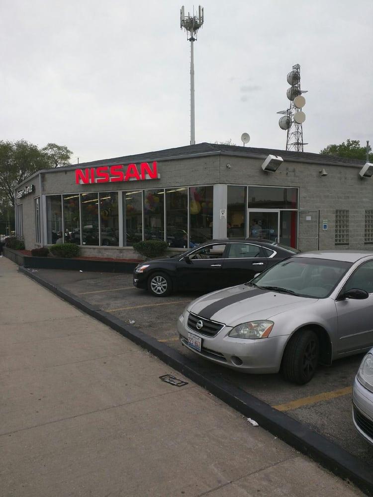 Western Avenue Nissan Storefront