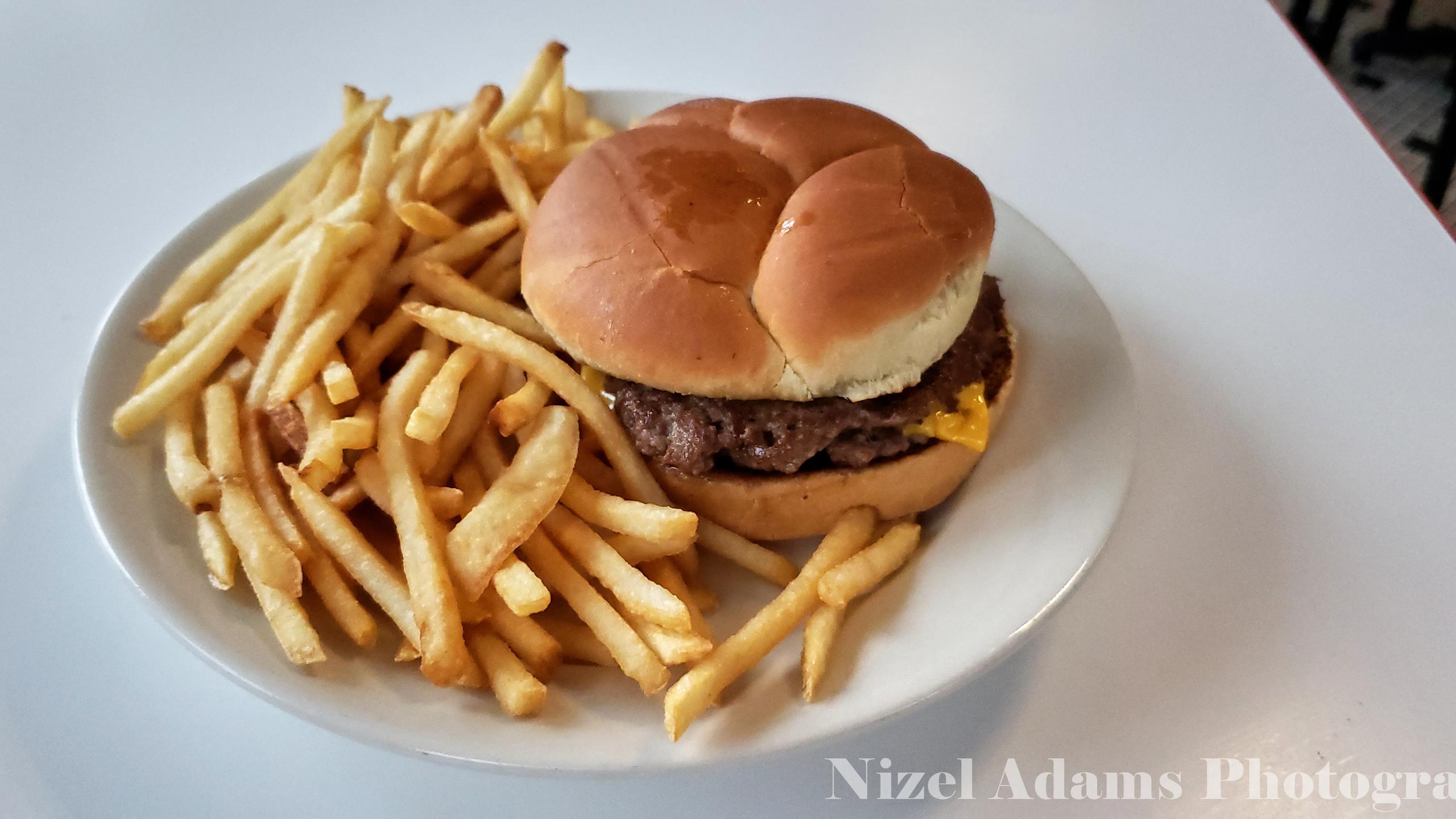 Butter Steakburger (missing grilled onions) at Steak n' Shake Aurora, Illinois