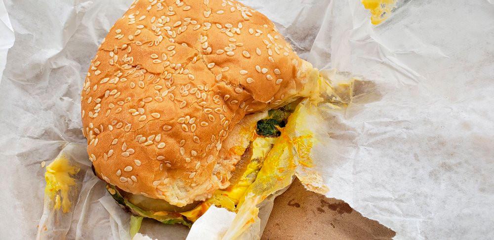 Little Mel's double cheeseburger