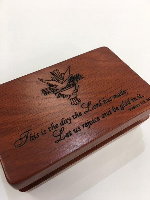 Caja Confirmación madera