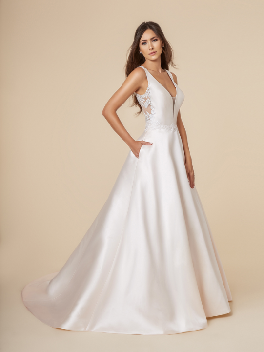 Style T844  SIZES 2-28  FABRIC Mikado  SHOWN IN Ivory / Gold  AVAILABLE COLORS Ivory/Gold, Ivory/Ivory, White/White
