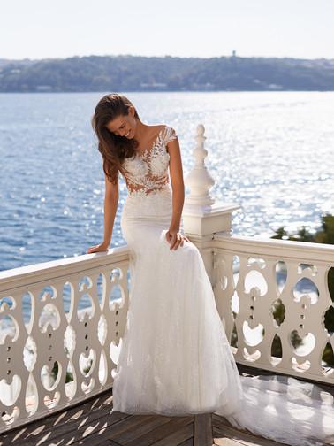 Style: Amina