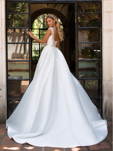 Style J6701  SIZES 2-28  FABRIC Mikado  SHOWN IN Ivory  AVAILABLE COLORS Ivory, White