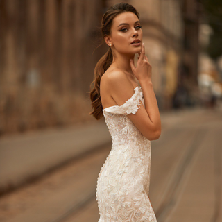Style J6813  SIZES 02-20, 22W-28W FABRIC Tulle/Chantilly lace fabric SHOWN IN Ivory / Cashmere AVAILABLE COLORS Ivory / Cashmere, Ivory / Ivory, White / White